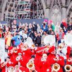 carnaval de Colonia frente a la catedral